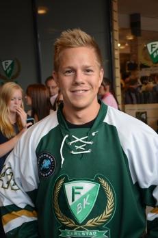 Joakim Hillding är den senaste i raden FBK-spelare som drabbats av hjärnskakning. Han tacklades fult i matchen mot Helsingfors 13/8.   Foto: Robin Angle/fbkbloggen