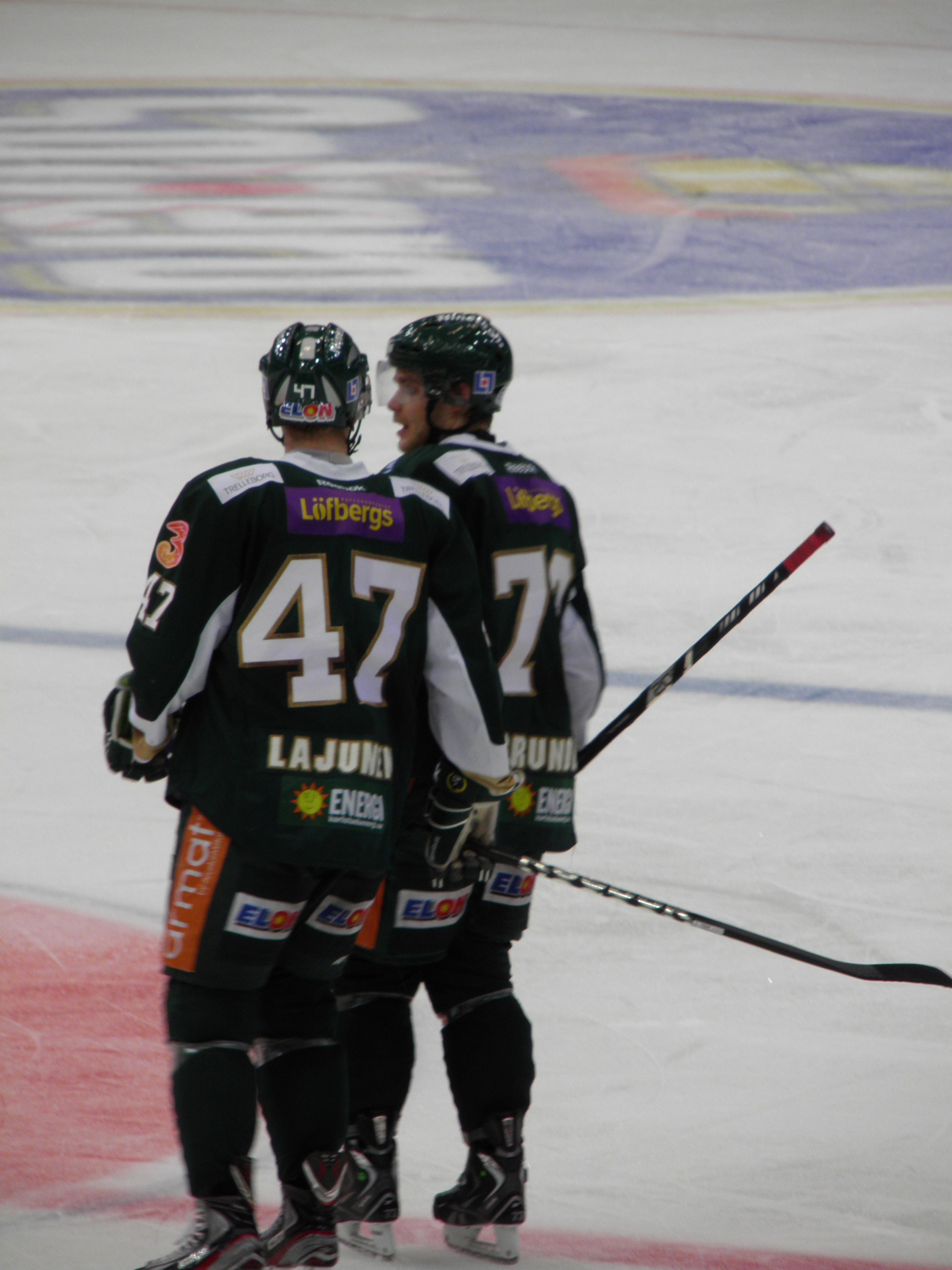 Lajunen togs ut till landslagsspel som tionde och siste man i FBK. Kollegan Anton Grundel blir dock kvar i Karlstad under uppehållet. Foto: Marie Angle/fbkbloggen