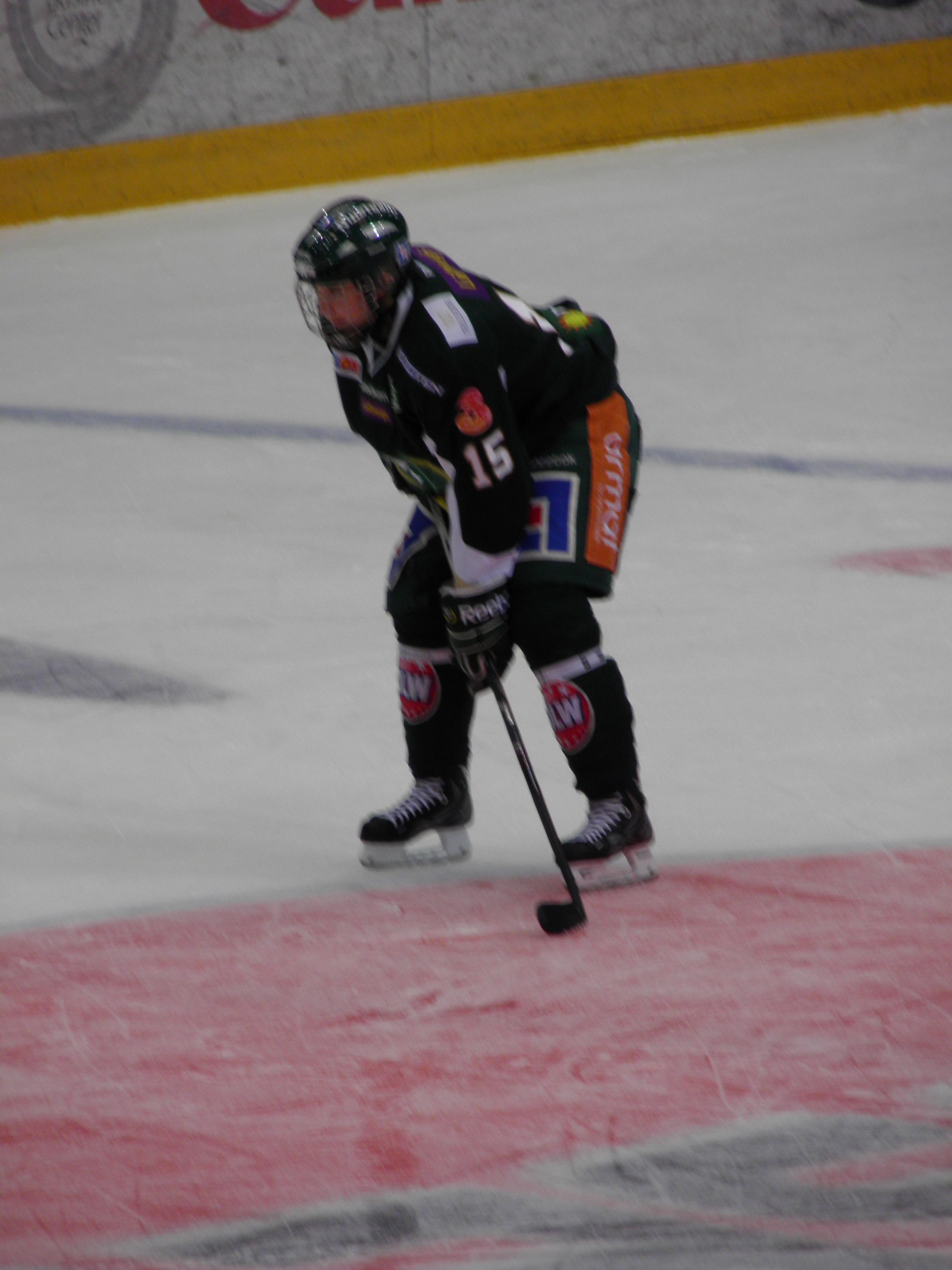 Wilhelm Westlund presenterade sig ordentligt i kvällens match Foto: Marie Angle/fbkbloggen
