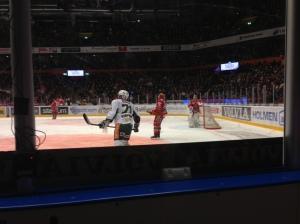 Christian Berglund var och irriterade både spelare och publik den 30 dec 2012, något som han gör så bra. Foto: Magnus Sjöberg/fbkbloggen