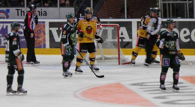 Wallin, Paulsson och Görtz utgjorde kvällens förstafemma Foto: Marie Angle/fbkbloggen