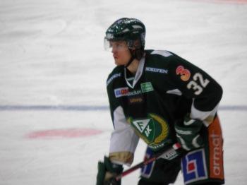 Magnus Nygren tillbaka i vardagen efter förra veckans debut i Tre kronor. Foto:Marie Angle