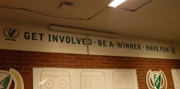 """""""Get involved, be a winner, have fun""""  Texten i omklädningsrummet gäller alla! Foto: Marie Angle/fbkbloggen"""