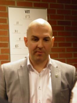 Granqvist mötte media i Saláks ställe.  Foto: Marie Angle/fbkbloggen