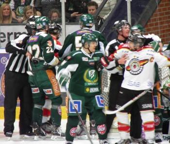 Semifinalserien mellan Färjestad och Luleå har utvecklats till en rysare! Foto: Marie Angle/fbkbloggen