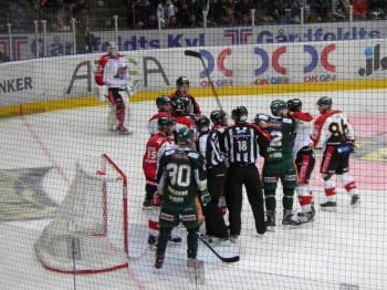 Semifinal 5 mot Luleå blev Marcus sista match med Färjestad. Foto: Marie Angle/fbkbloggen