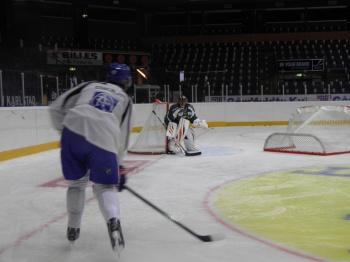 Magnus Nygrens skott imponerade på Bryzgalov! Foto: Marie Angle/fbkbloggen
