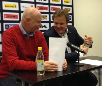Roger Melin och Leif Carlsson på presskonferensen efter matchen 14/11 2013. Foto: Marie Angle/fbkbloggen