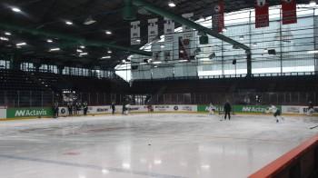 Färjestad på is Sportforum Berlin, Eisbärens gamla arena som härstammar från DDR-tiden. Foto: Marie Angle/fbkbloggen