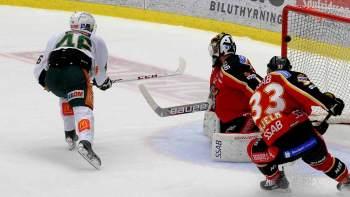 0-1! Snabb spelvändning efter Luleåtryck, där Grundel hittar Åberg som inte gör några misstag! Foto: Alf Lindbergh/pressbilder