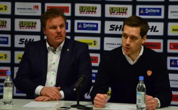 Leif Carlsson och Växjös Sam Hallam på en presskonferens tidigare under säsongen Foto: Robin Angle/fbkbloggen