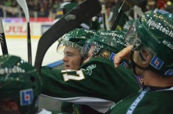 Ludwig Byström, här i samspråk med Ville Lajunen, gör kvällens första mål! Foto: Robin Angle/fbkbloggen