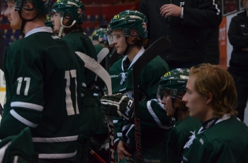 Johan Olofsson, sistaårsjunior och ett av dragloken i J20, är en spelare som Färjestad gärna vill behålla och har en plan för. Foto: Robin Angle/fbkbloggen