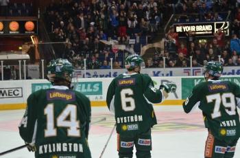 Kylington, Byström och Lundh firar segern Foto: Robin Angle/fbkbloggen