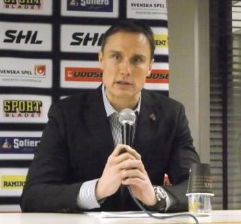 Frölundas Roger Rönnberg hyllade under presskonferensen laget och dess mix av äldre och yngre spelare. Foto: Marie Angle/fbkbloggen
