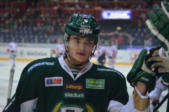 Sisteårsjunioren Ludwig Byström (1+1) var en viktig klippa för J20 i fredagens 7-3-vinst över AIK.  Foto: Robin Angle/fbkbloggen